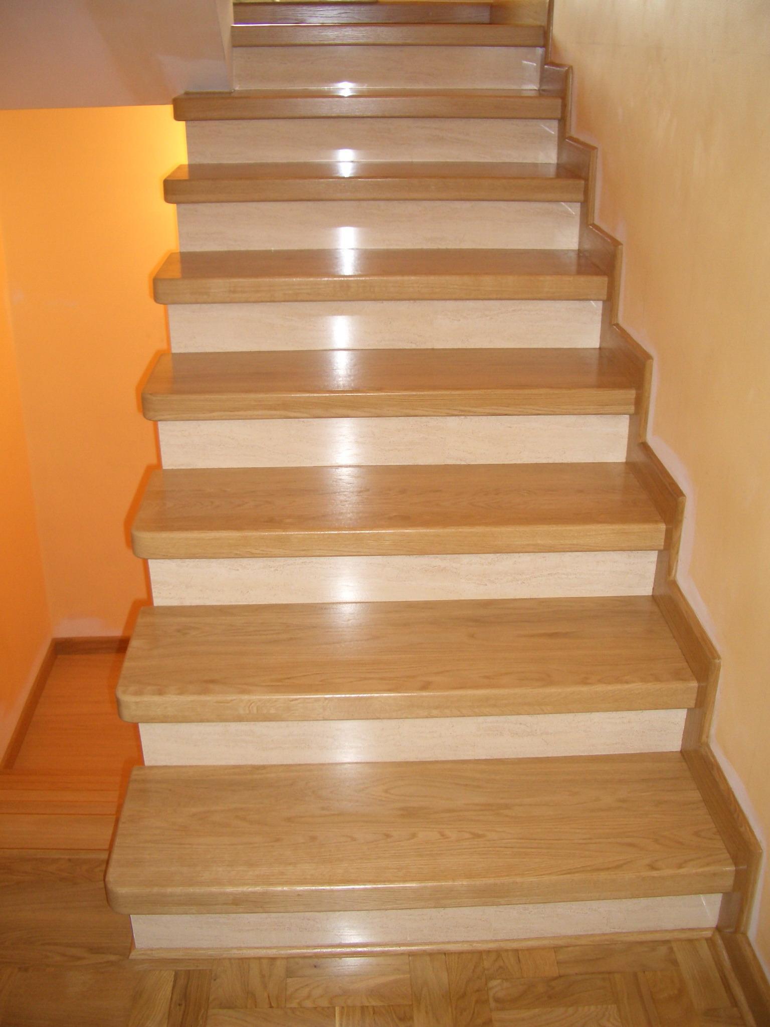Drewno jesionowe na schody